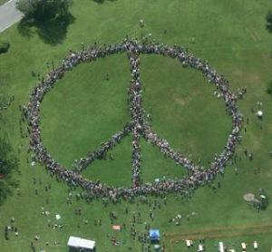 Human_peace_sign