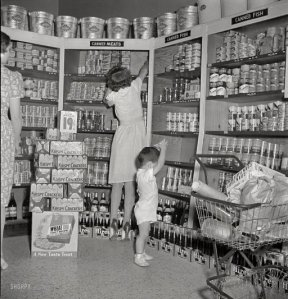 1942 cooperative grocery store shorpy.com